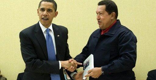 chavez_obama_regalo_libro_galeano