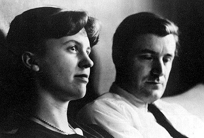 Ted-Hughes-and-Sylvia-Plath-celebrities-who-died-young-31485166-420-285